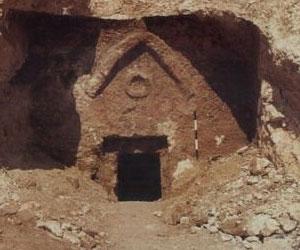 В Хакасии раскапывают древний могильник
