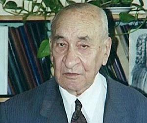 Борис Рыбаков